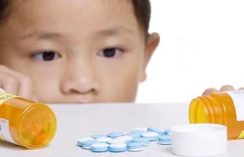 Không tùy tiện sử dụng kháng sinh khi trẻ bị ho