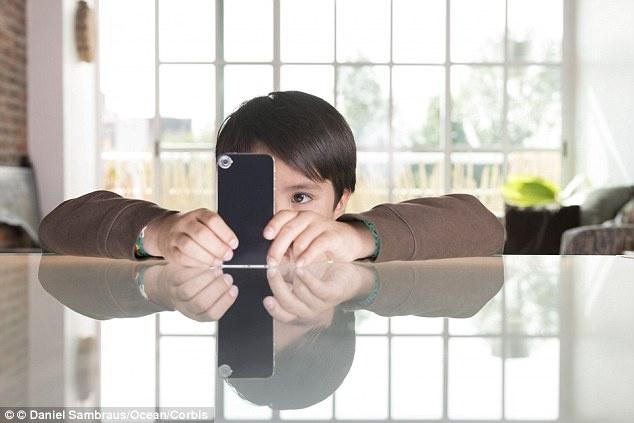 Nguy cơ nhiễm bệnh về da từ chính Smart phone bạn đang dùng