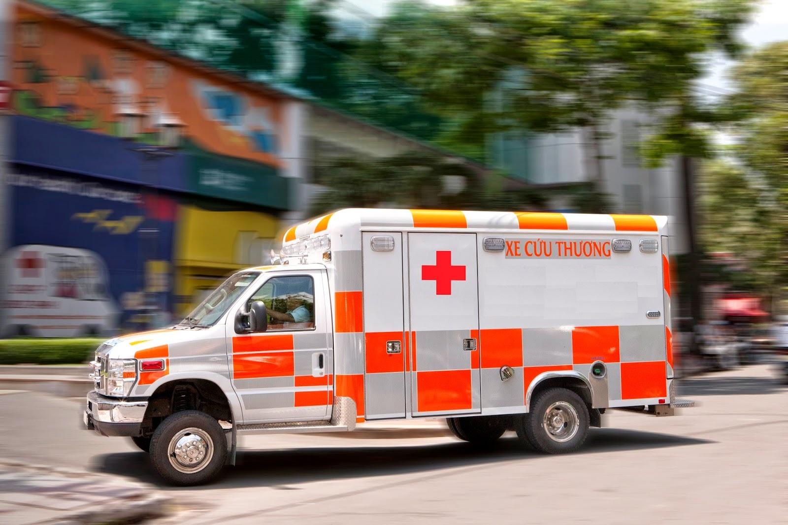 Cần có biện pháp quản lý chặt chẽ các dịch vụ thuê bên ngoài bệnh viện