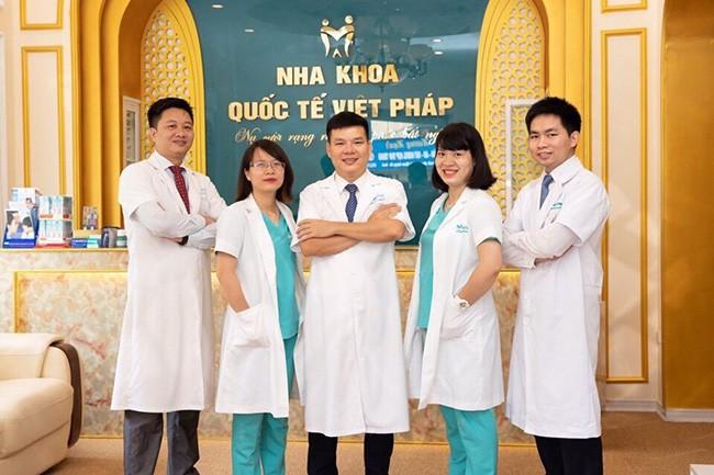 Chuỗi nha khoa Quốc tế Việt Pháp và người bạn NANO-Dental