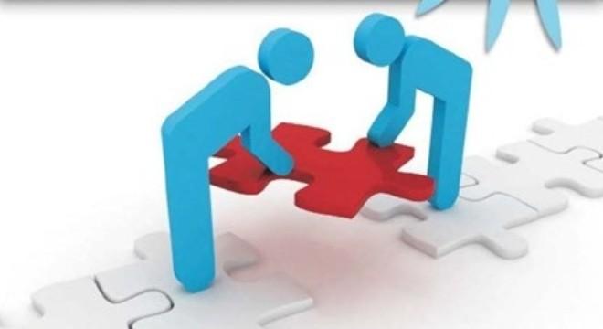 [Câu chuyện thành công] Ký hợp đồng triển khai phần mềm quản lý tại phòng khám Trĩ ĐNT